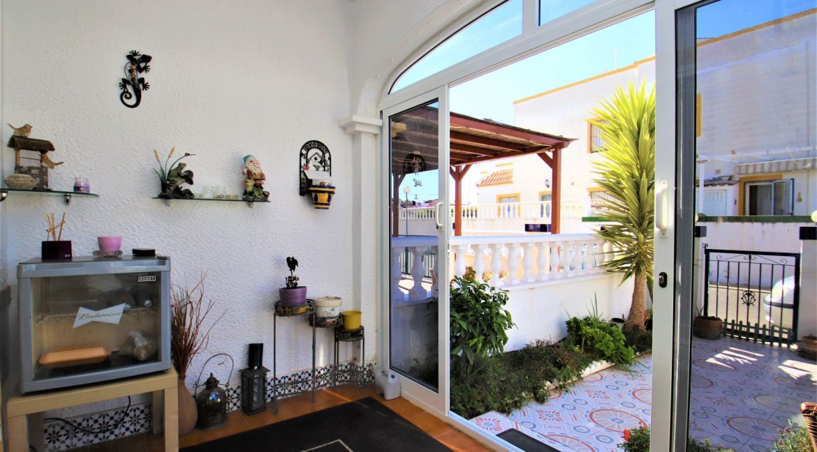 3 Bedrooms townhouse with parking for sale in Torrevieja (8)