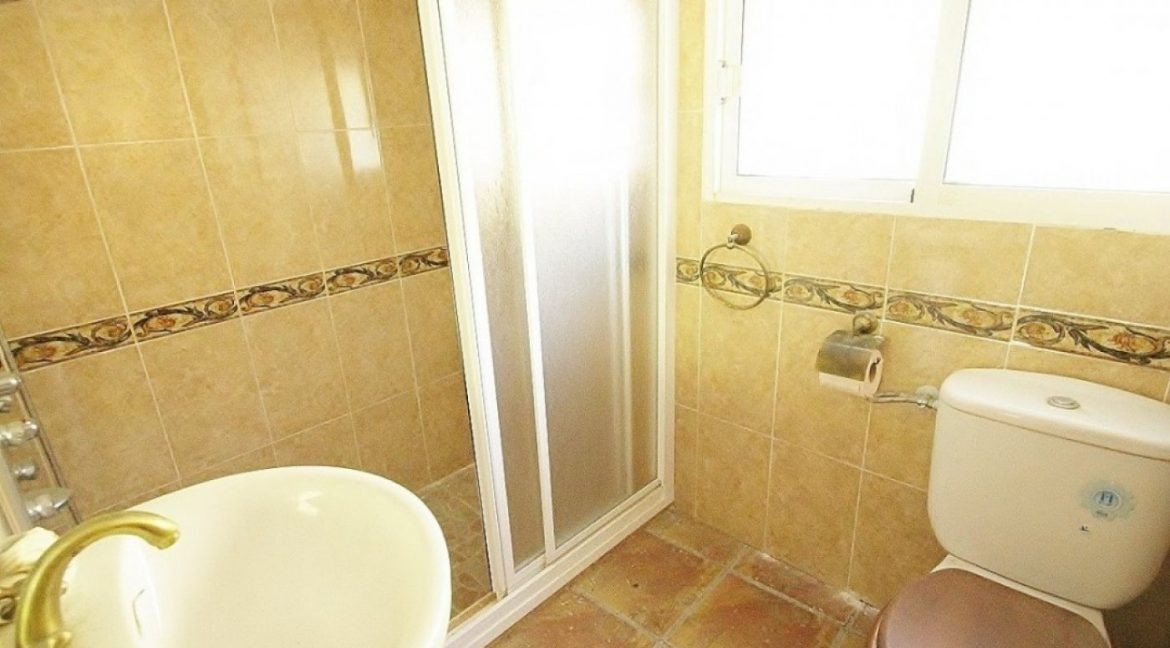 4 Bedrooms Villa For Sale in Torrevieja (12)