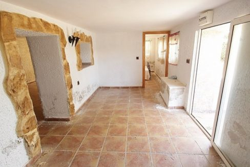 4 Bedrooms Villa For Sale in Torrevieja (13)