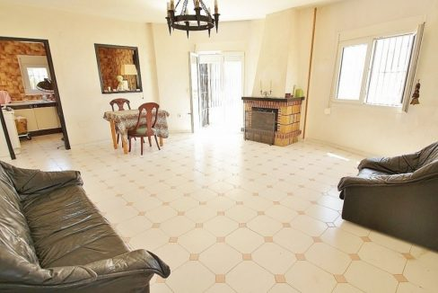 4 Bedrooms Villa For Sale in Torrevieja (20)