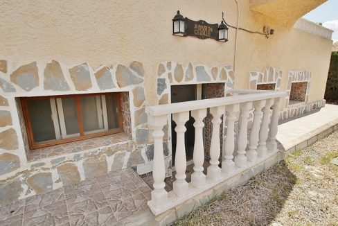 4 Bedrooms Villa For Sale in Torrevieja (21)