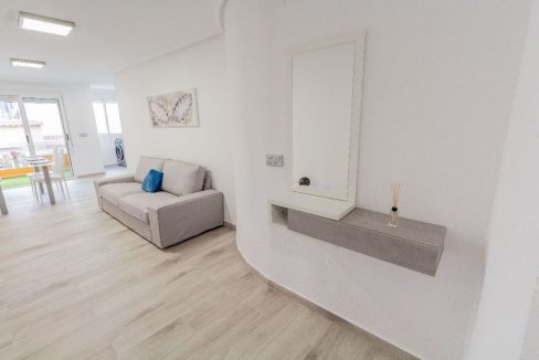 Apartment 2 Bedrooms in Torrevieja (10)