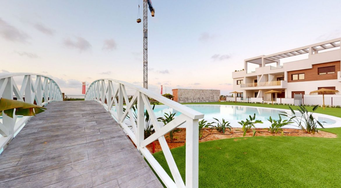 Luxury 2 And 3 Bedrooms Bungalows In Torrevieja With Swimming Pool (10)