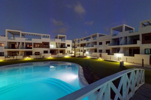 Luxury 2 And 3 Bedrooms Bungalows In Torrevieja With Swimming Pool (13)