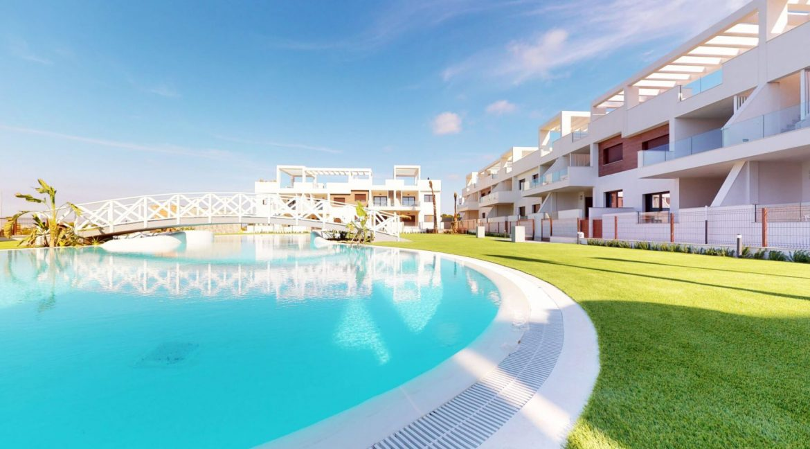 Luxury 2 And 3 Bedrooms Bungalows In Torrevieja With Swimming Pool (3)