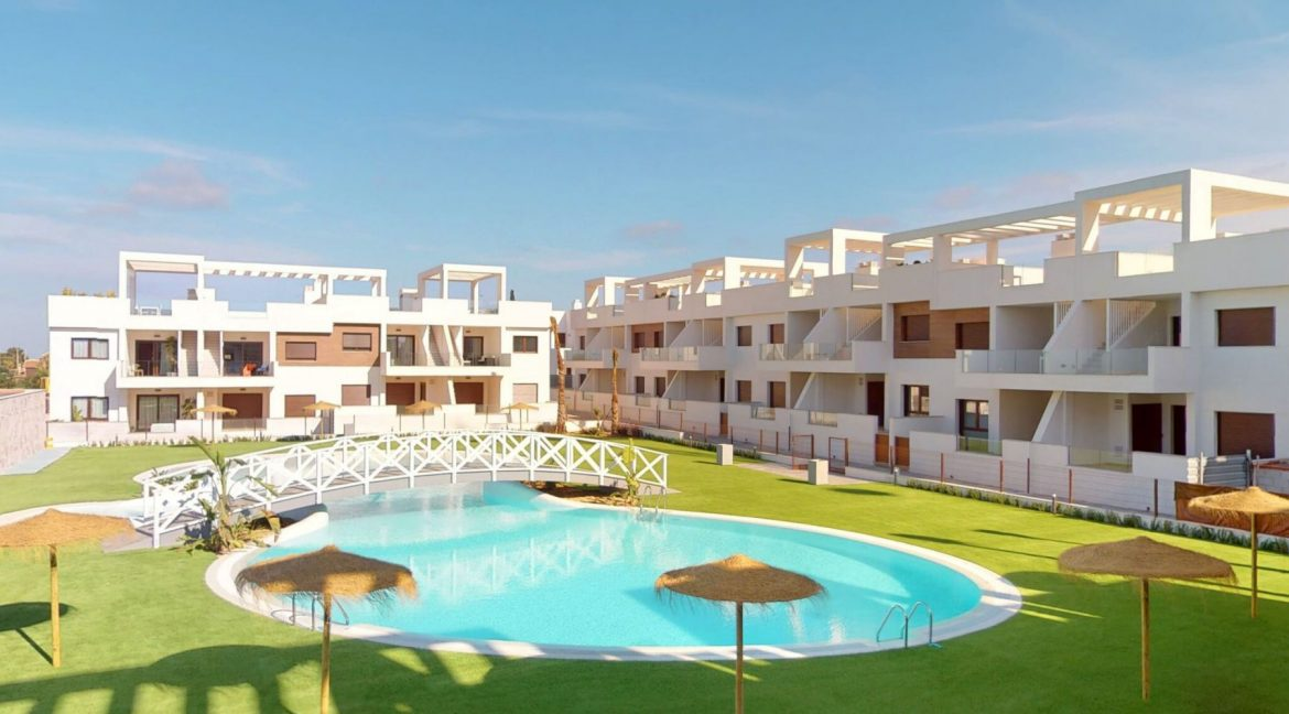 Luxury 2 And 3 Bedrooms Bungalows In Torrevieja With Swimming Pool (5)