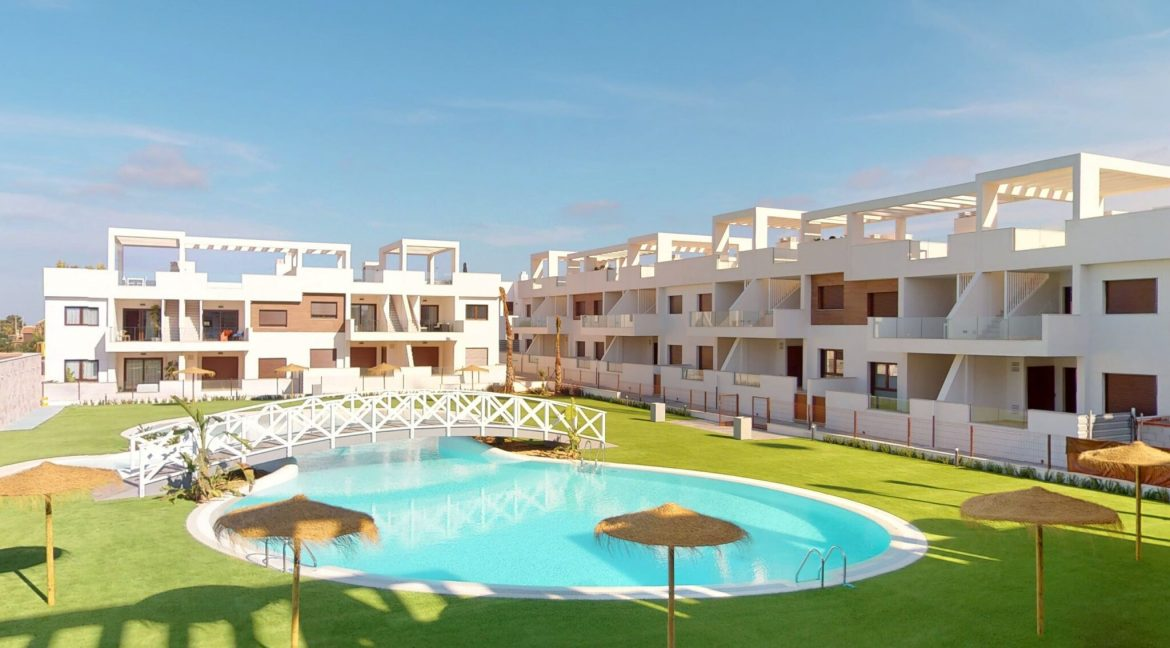 Luxury 2 And 3 Bedrooms Bungalows In Torrevieja With Swimming Pool (6)