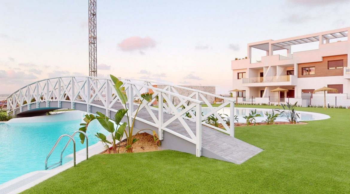 Luxury 2 And 3 Bedrooms Bungalows In Torrevieja With Swimming Pool (9)