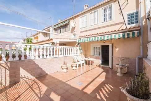 Duplex 3 bedrooms for sale in Torrevieja