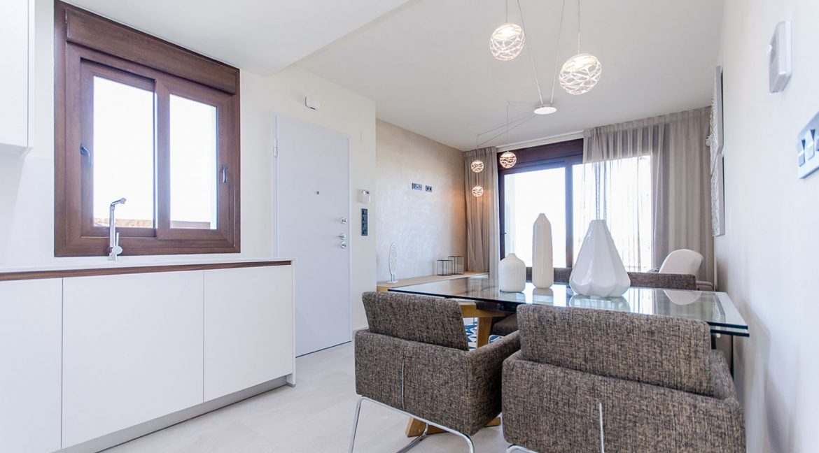 2 AND 3 BEDROOMS APARTMENTS FOR SALE IN LOS BALCONES - TORREVIEJA (40)