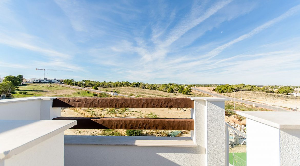 2 AND 3 BEDROOMS APARTMENTS FOR SALE IN LOS BALCONES - TORREVIEJA (57)