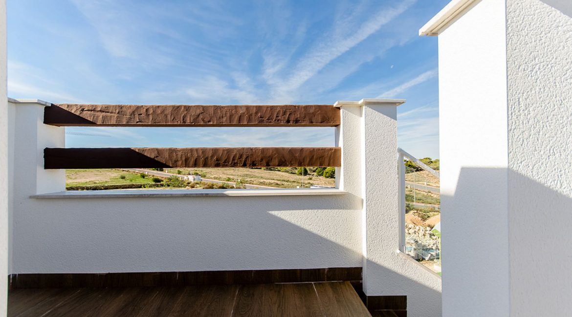 2 AND 3 BEDROOMS APARTMENTS FOR SALE IN LOS BALCONES - TORREVIEJA (58)