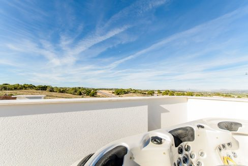 2 AND 3 BEDROOMS APARTMENTS FOR SALE IN LOS BALCONES - TORREVIEJA (59)
