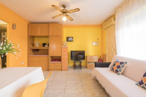 2 Bedooms Bungalow with Swimming Pool For Sale in Torrevieja (22)