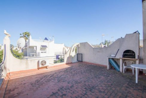 2 Bedooms Bungalow with Swimming Pool For Sale in Torrevieja (27)