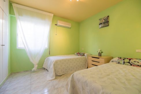 2 Bedooms Bungalow with Swimming Pool For Sale in Torrevieja (41)
