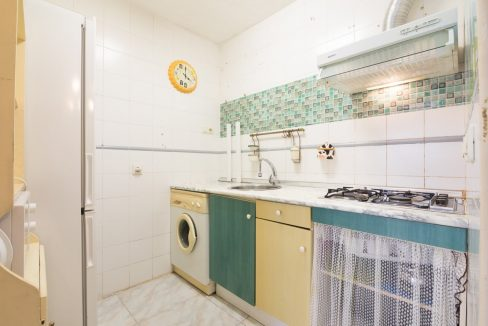 2 Bedooms Bungalow with Swimming Pool For Sale in Torrevieja (43)
