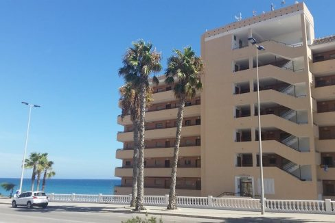 2 Bedrooms Apartment For Sale in Cabo Cervera Torrevieja (3)