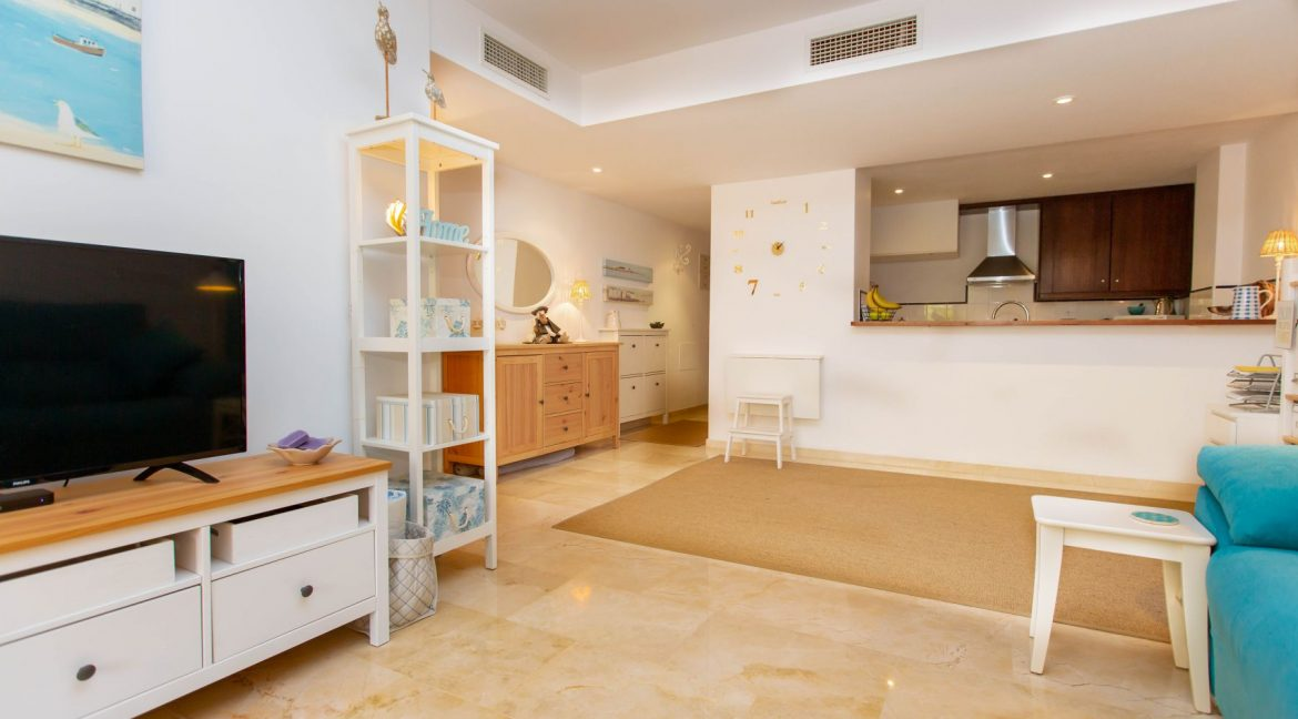 2 Bedrooms Apartment For Sale in Punta Prima by the sea (7)