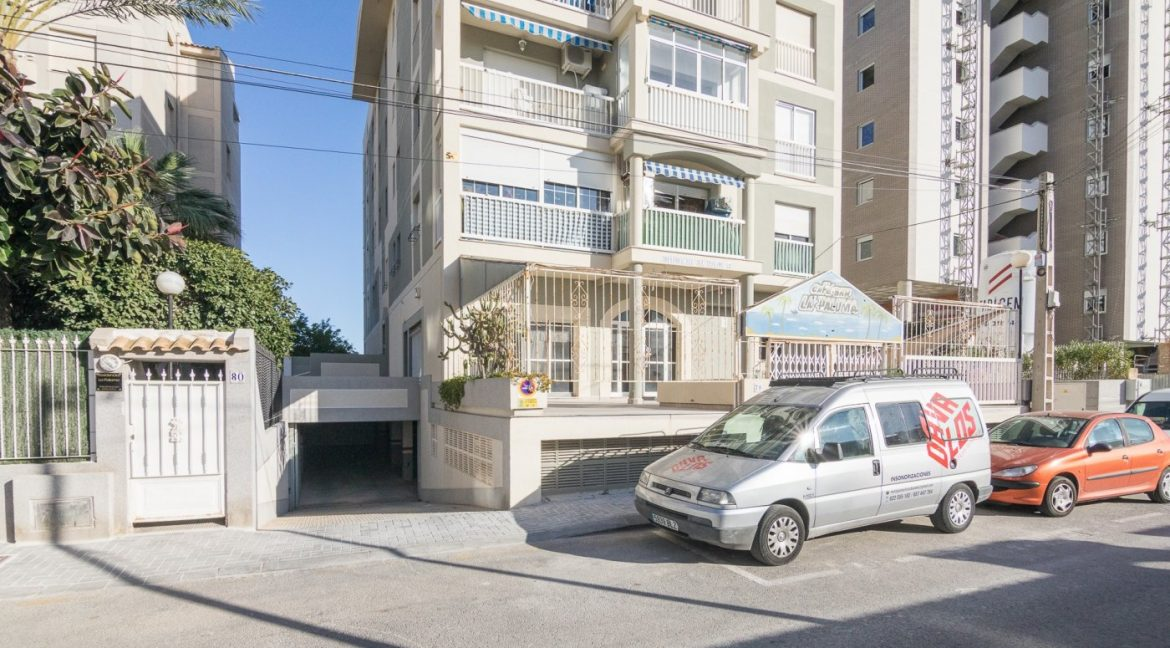 2 Bedrooms Apartment For Sale in Torrevieja with Terrace and Swimming Pool (1)