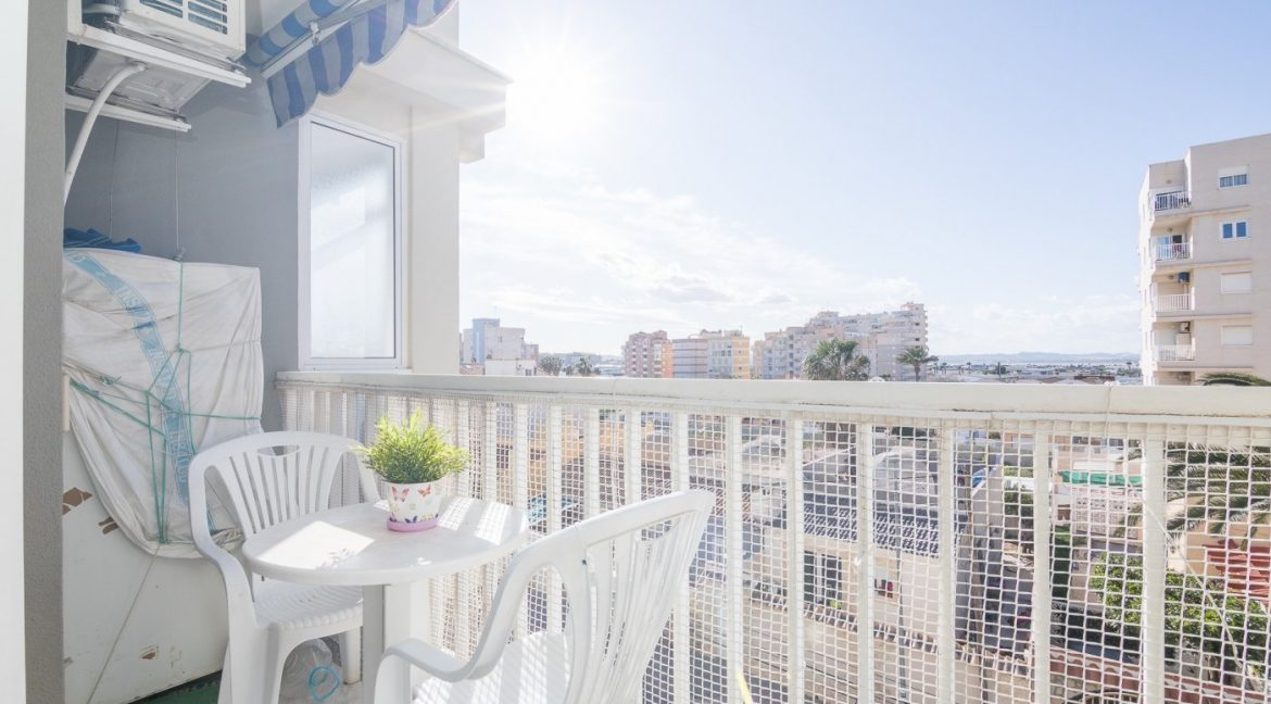 2 Bedrooms Apartment For Sale in Torrevieja with Terrace and Swimming Pool (9)