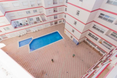 2 Bedrooms Apartment wih Swimming Pool For Sale in Torrevieja (16)
