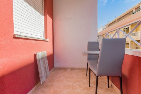 2 Bedrooms Apartment wih Swimming Pool For Sale in Torrevieja (9)