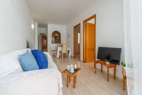 2 Bedrooms Apartment with Swimming Pool For Sale in Torrevieja Center (11)