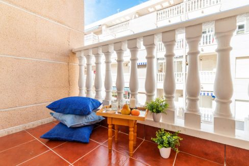 2 Bedrooms Apartment with Swimming Pool For Sale in Torrevieja Center (15)
