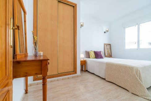 2 Bedrooms Apartment with Swimming Pool For Sale in Torrevieja Center (6)