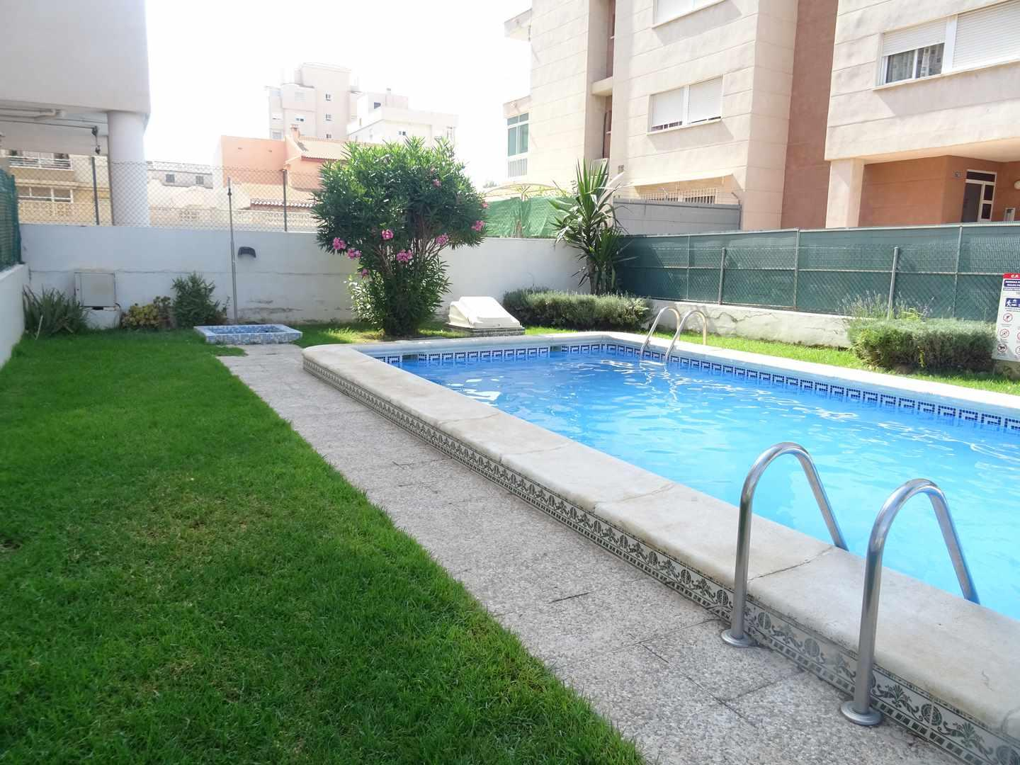2 Bedrooms Apartment With Swimming Pool For Sale in Nueva Torrevieja
