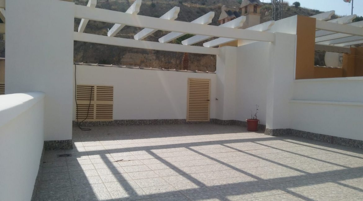 2 Bedrooms Villa For Sale Close to Golf Course (11)