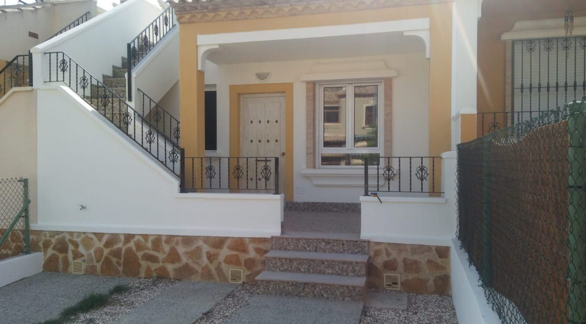 2 Bedrooms Villa For Sale Close to Golf Course (13)