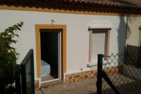 2 Bedrooms Villa For Sale Close to Golf Course (19)