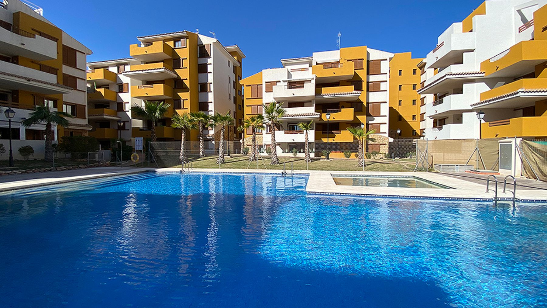 3 Bedrooms Apartment with Large Terrace in La Recoleta – Orihuela Costa