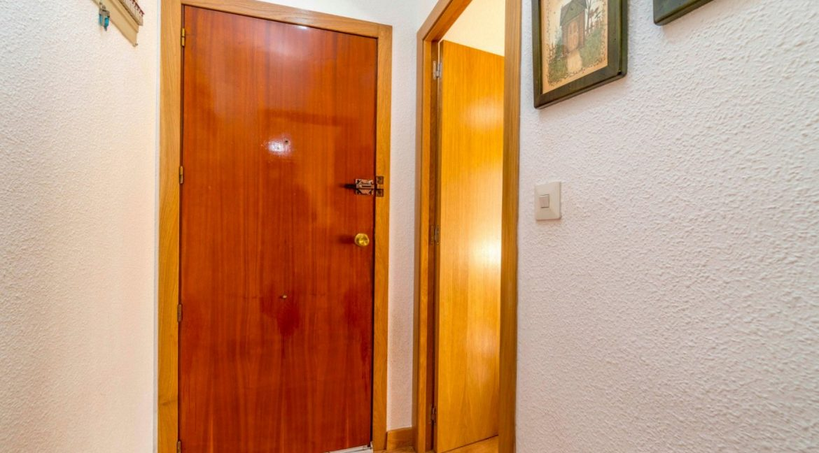 3 Bedrooms Apartment For Sale in Torrevieja Center (25)