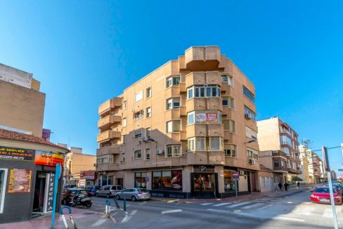 3 Bedrooms Apartment For Sale in Torrevieja Center (27)