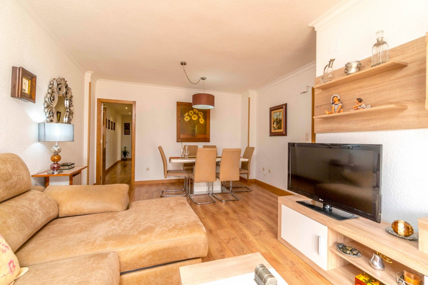 3 Bedrooms Renovated Apartment For Sale in Torrevieja Center