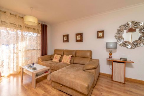 3 Bedrooms Apartment For Sale in Torrevieja Center (4)