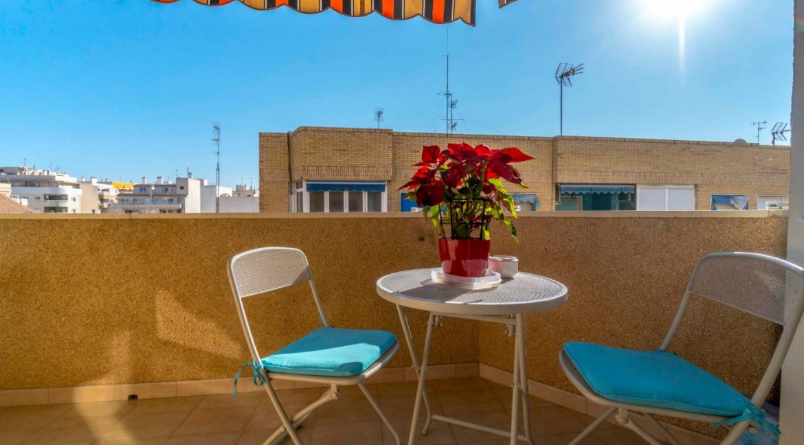3 Bedrooms Apartment For Sale in Torrevieja Center (7)