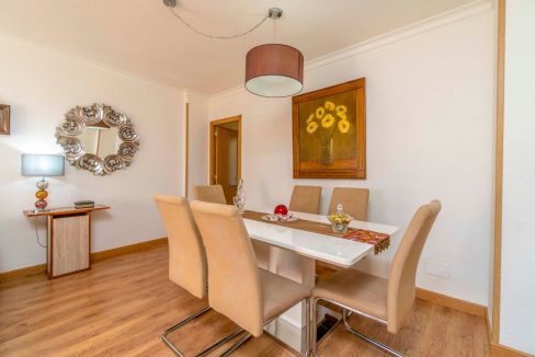 3 Bedrooms Apartment For Sale in Torrevieja Center (9)