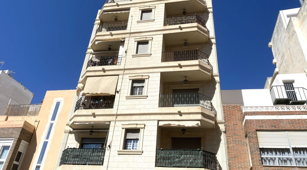 3 Bedrooms Brand New Apartment For Sale in Torrevieja (41)
