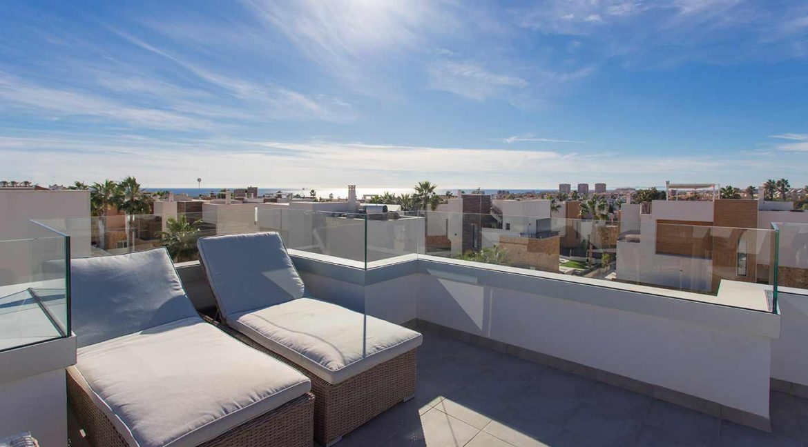 3 Bedrooms Detached Luxury Villa For Sale With Basement In Torrevieja (42)