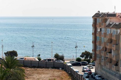 3 Bedrooms Penthouse For Sale Near El Cura Beach in Torrevieja