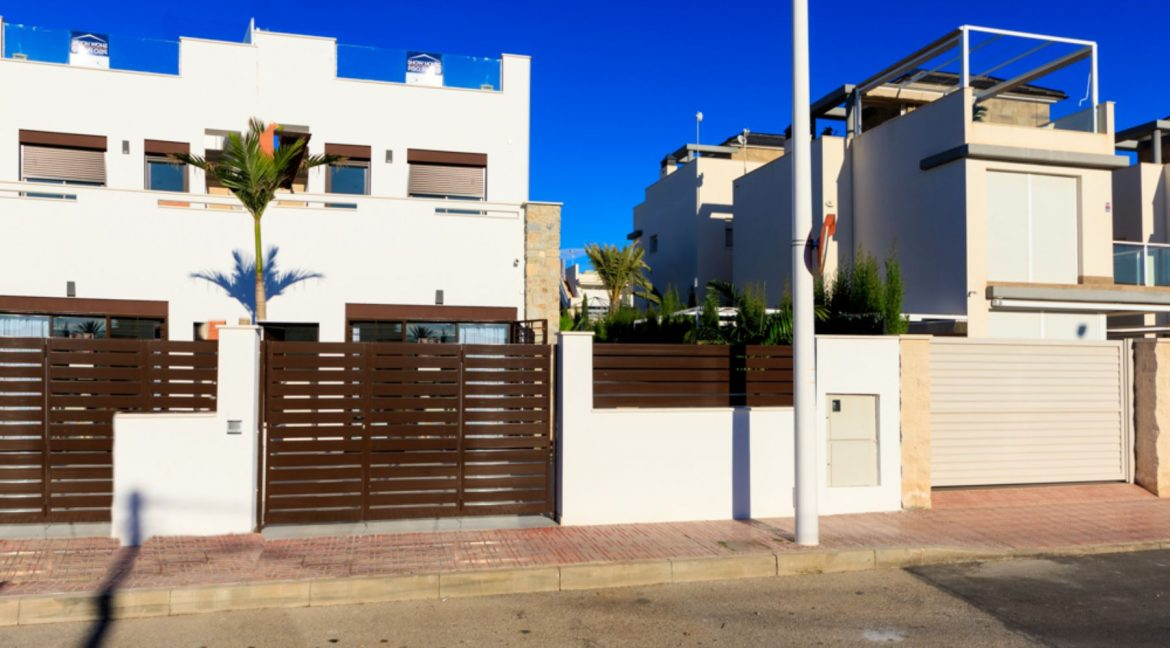 3 Bedrooms Townhouse For Sale in Torrevieja (1)