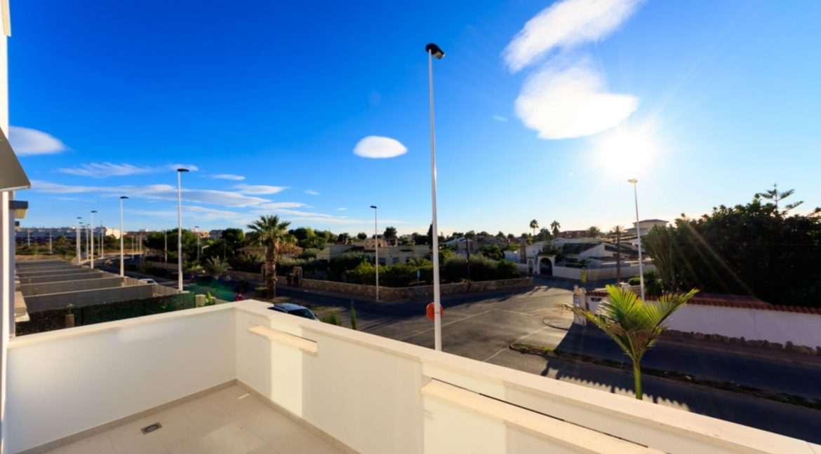 3 Bedrooms Townhouse For Sale in Torrevieja (16)