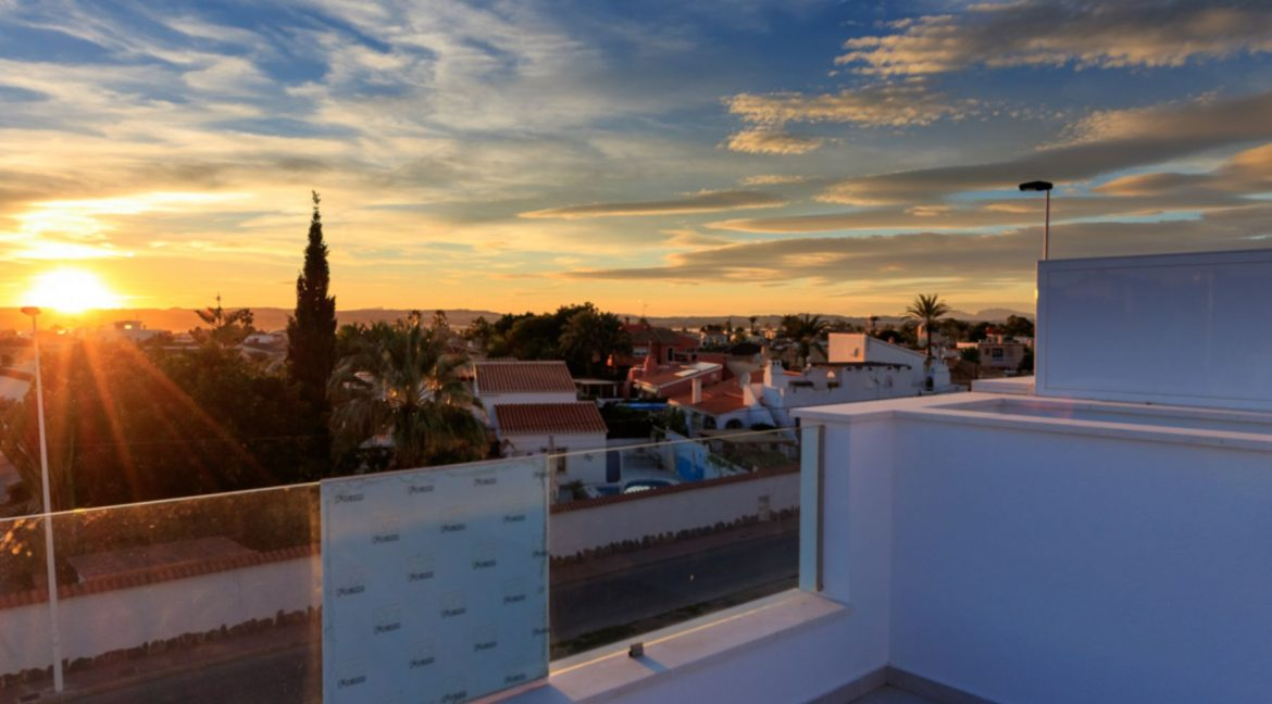 3 Bedrooms Townhouse For Sale in Torrevieja (35)