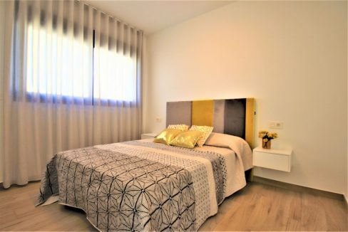 3 Bedrooms Villas For Sale in Torrevieja near Habaneras Shopping Centre (14)