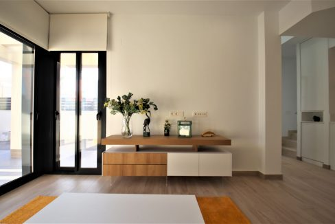 3 Bedrooms Villas For Sale in Torrevieja near Habaneras Shopping Centre (33)