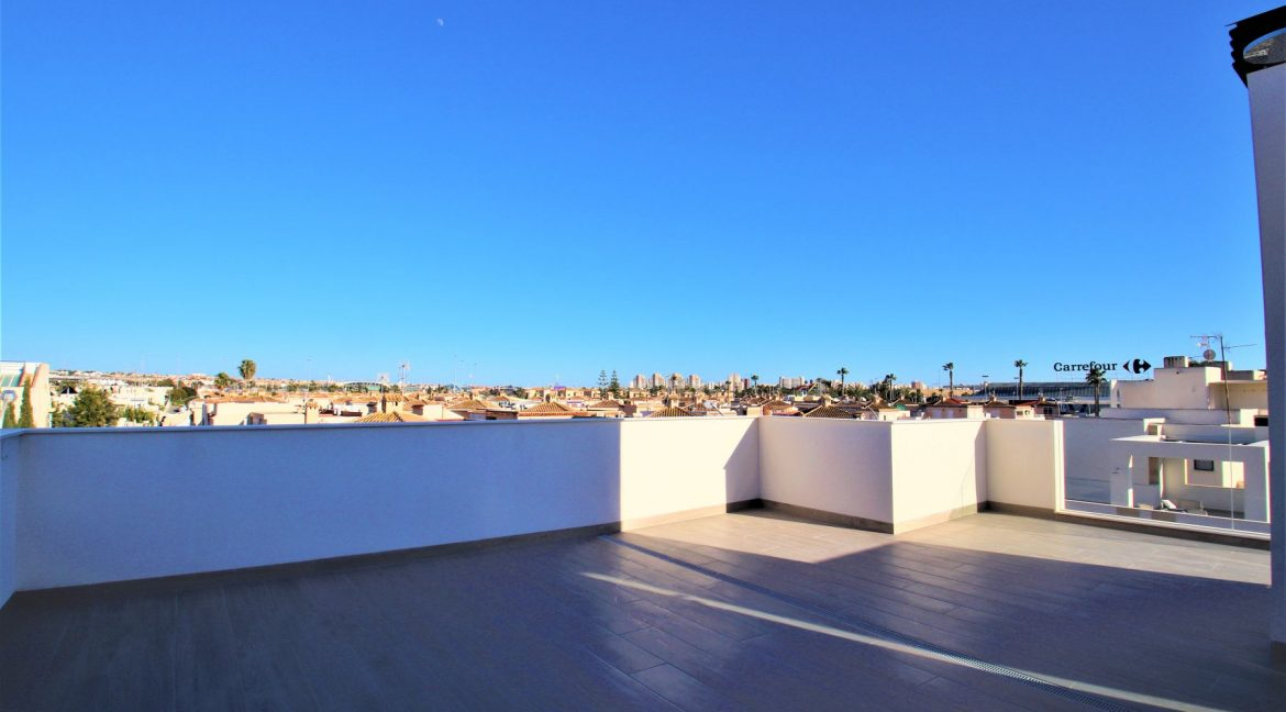 3 Bedrooms Villas For Sale in Torrevieja near Habaneras Shopping Centre (34)